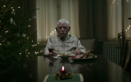 Edeka Christmas Ad: Bring them home